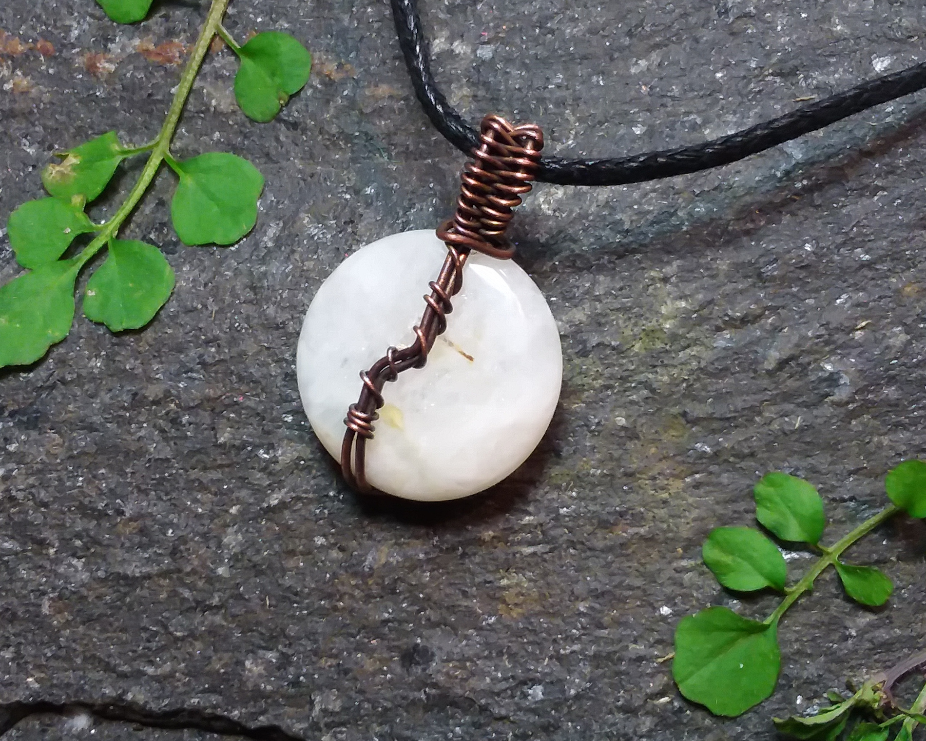 White Round Moonstone & Copper Wire Wrapped Pendant - Click Image to Close